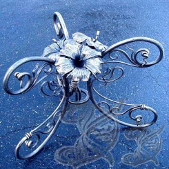 Кованые подсвечники цветок КП 2
