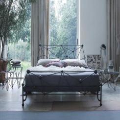 Кованая кровать КК135