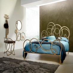 Кованая кровать КК139