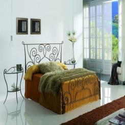 Кованая кровать КК150