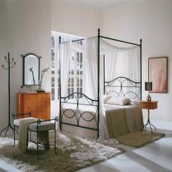 Кованая кровать КК108