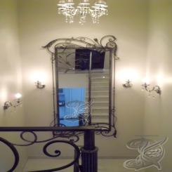 Зеркало в лестничном пролёте КЗ 3