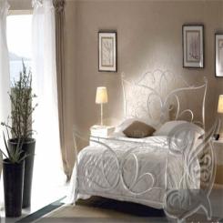 Кованая кровать белая КК 4