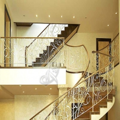 Кованая лестница из металла КЛ 13