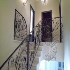 Кованая лестница с перилами КЛ 34