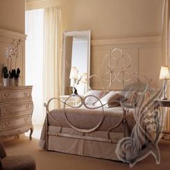Кованая кровать античная бронза КК 17