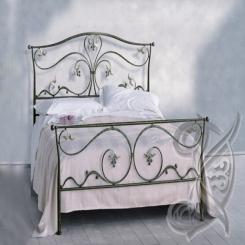 Кованая кровать черного цвета КК 20