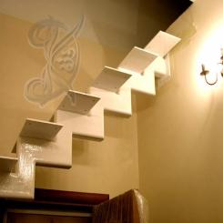 Кованая каркасная лестница модерн ККЛ 21