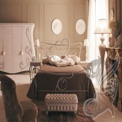 Кованая кровать белого цвета КК 29