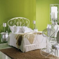 Кованая кровать белая КК 6