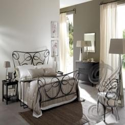 Кованая кровать черного цвета КК 33