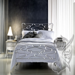 Кованая кровать модерн КК 34