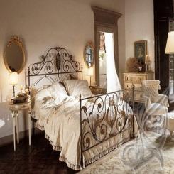 Кованая кровать античная бронза КК 36