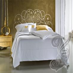 Кованая кровать в стиле прованс КК 37
