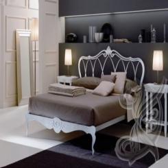 Кованая кровать белого цвета КК 8
