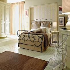 Кованая кровать античная бронза КК 100