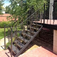 Кованая лестница орнамент КЛ 40