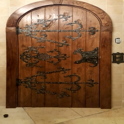 Кованые накладки на двери КН 2