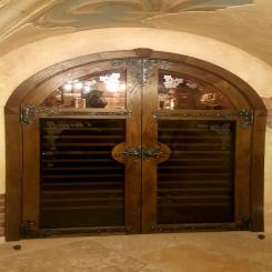 Кованые накладки на распашные двери КН 1