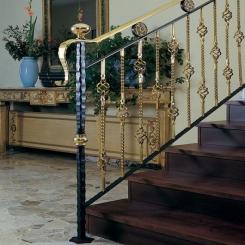Кованый пригласительный столб для лестницы КПС 40