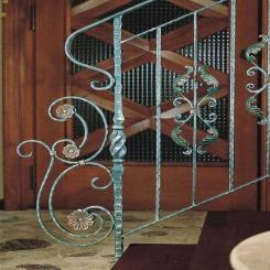 Кованый пригласительный столб для лестницы КПС 48