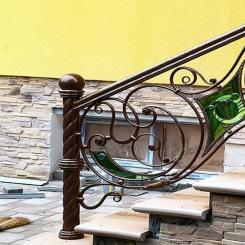Кованый пригласительный столб для лестницы КПС 61