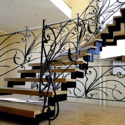 Кованая лестница ККЛ_14