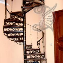 Кованая винтовая лестница КВЛ_3
