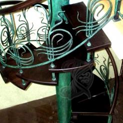 Кованая винтовая лестница КВЛ_9
