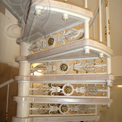 Кованая винтовая лестница КВЛ_8