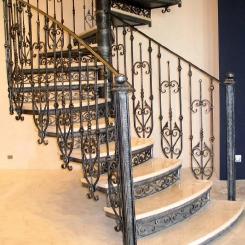Кованая винтовая лестница КВЛ_17