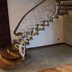 Кованая винтовая лестница КВЛ_20