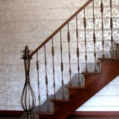 Кованый пригласительный столб для лестницы КПС_41