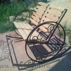 Кованое кресло качалка КК_20