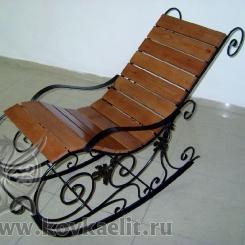 Кованое кресло качалка КК_2