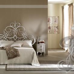 Кровать с кованым изголовьем КК_13