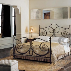 Кованая кровать черного цвета КК_24