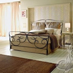 Кованая кровать античная бронза КК_100