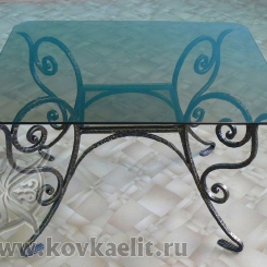 Кованый стол и стулья КСС_24