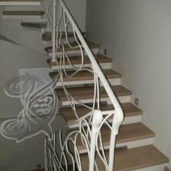 Кованая лестница с подступенками КЛ__58