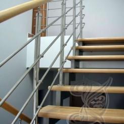 Кованая лестница с деревяными лестницами КЛ__59