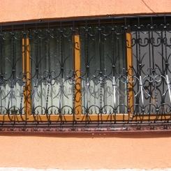 Кованые решетки на окна КР_112