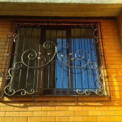 Кованые решетки на окна КР_115