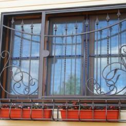 Кованые решетки на окна КР_39