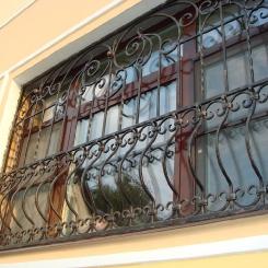 Кованые решетки на окна КР_47