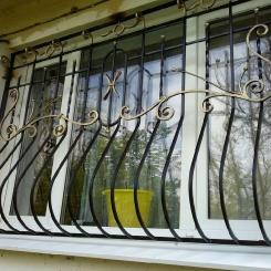 Кованые решетки на окна КР_49