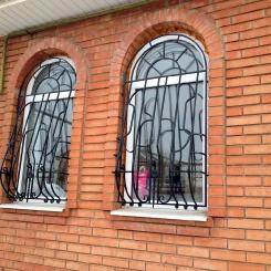 Кованые решетки на окна КР_69