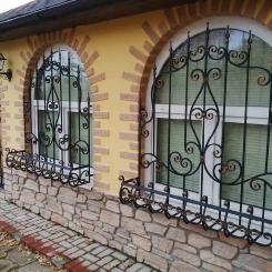 Кованые решетки на окна КР_70