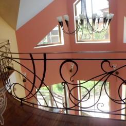 Кованые перила на балконе КП_83